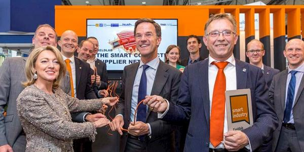 Premier Rutte opent fieldlab 'The Smart Connected Supplier Network'