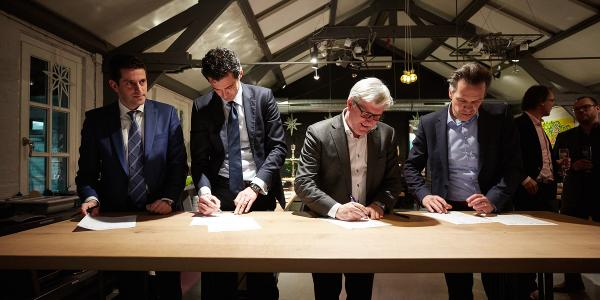 Ondertekening overeenkomst Atrium Brainport Industries Campus